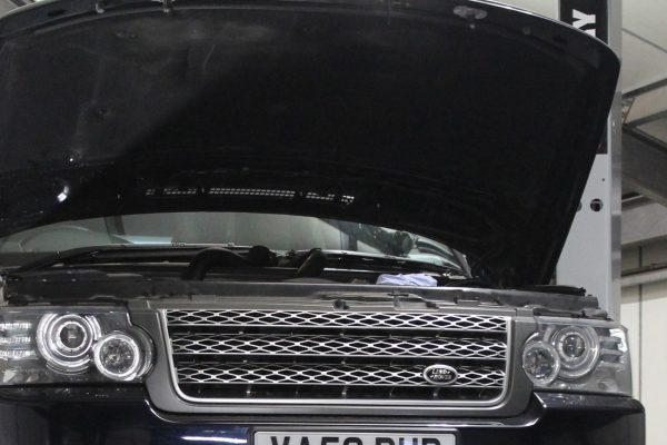 Land Rover & Range Rover Approved Specialists